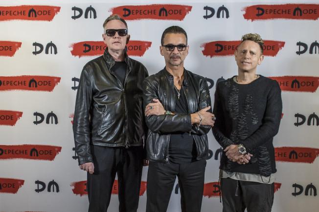 Vineri se pun in vanzare biletele pentru concertul Depeche Mode din Cluj-Napoca